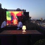 Traumhaft! Die Sky Lounge auf der Dachterrasse des Savoy Hotel