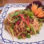 Chicken pad thai and lots of it!