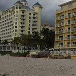 Zdjęcie Sun Tower Hotel & Suites on the beach