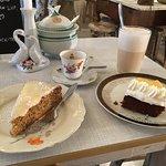 Möhrenkuchen (Topping to much), Eierlikörkuchen und Latte