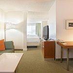 Photo de SpringHill Suites Nashville MetroCenter