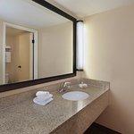 Holiday Inn Hotel & Suites Anaheim (1 BLK/Disneyland) Foto