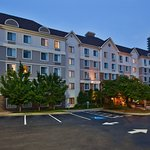 Photo de Staybridge Suites Atlanta - Perimeter Center East