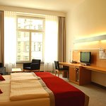 Photo de Hotel Alexander Plaza Berlin
