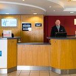 Holiday Inn Express Swansea East Foto