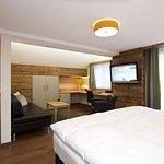Photo de Hotel La Couronne