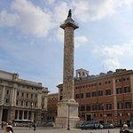 Antigua columna de la época Romana