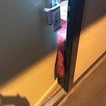 la couverture empeche la fermeture de la porte