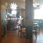 Foto de The Maze Stone Grill & Lounge