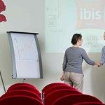 Photo de Hotel Ibis Kortrijk Centrum