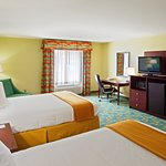 Photo of Holiday Inn Express Hotel & Suites Thornburg-S. Fredericksburg