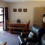 Living 3-Bdrm Apartment