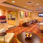 Photo de TownePlace Suites Omaha West