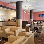 Foto di Residence Inn Calgary Airport