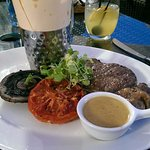 The sirloin - with yummy shoestring fries