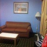 Memorylane Inn & Suites Photo