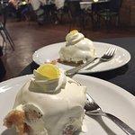 Free lemon cake!