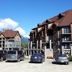 Glacier Mountaineer Lodge Foto