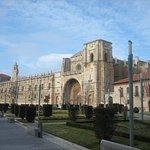 Exterior del convento.