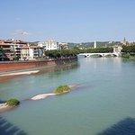 Ponte Pietra Foto