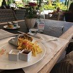 Photo de The Alpina Lounge & Bar
