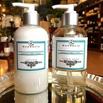 Lotion and handsoap set mixed in-house