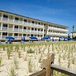 Drifting Sands Oceanfront Motel Image