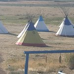 Photo de Lodgepole Gallery & Tipi Village