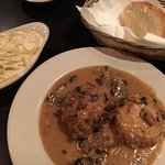 Chicken Valastano, fettuccine Riazzi and house bread