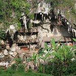 Londa Burial Caves Foto
