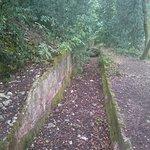 Des restes de l'acqueduc enterré