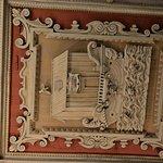 Fregio del soffitto che fa riferimento alla Navicella