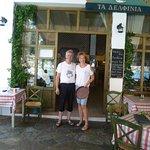 Yannis en Gesa eigenaren van restaurant the Dolphins
