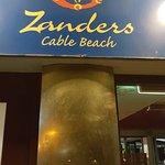 Photo de Zanders Cafe - Bar & Restaurant
