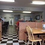 Photo de Sharon's Place Family Restaurant