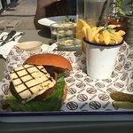Grilled mushroom & hallomi burger