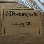 Sealy Posturepedic Encore 720 Plush Queen hotel mattress - we always check for bed bugs...we tra