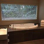 Foto de Lochiel Luxury Accommodation