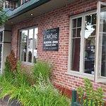 Photo de Arome Cafe Bistro