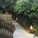 Escalier donnant à la villa