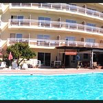 Sunquest - panoramic makes it look curved, it's NOT!