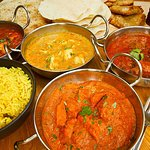 ‪Maya's Tandoori & Curry House‬