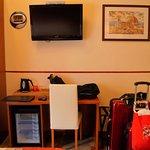 Photo de Hotel Ester