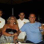 Spirit Bar con Jeemon, Sisira y Farook.
