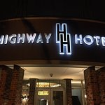 Photo de Highway Hotel