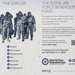 Foto de Bomber Command Memorial
