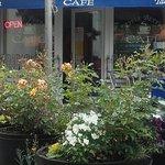 Apple Betty's Cafe