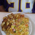 Western Omelette and home fries
