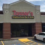 Tanner's Neighborhood Bar & Grille