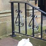 rubbish in entrance